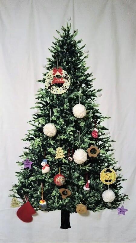 クリスマスツリータペストリーの全体図