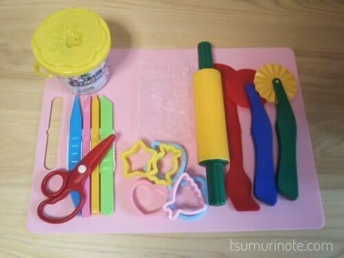 幼児のねんど遊びの道具は100均&プチプラが超優秀!わが家のラインナップを紹介