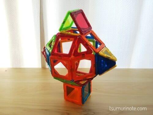 マグフォーマーは球状の多面体を作るのが得意ですよね