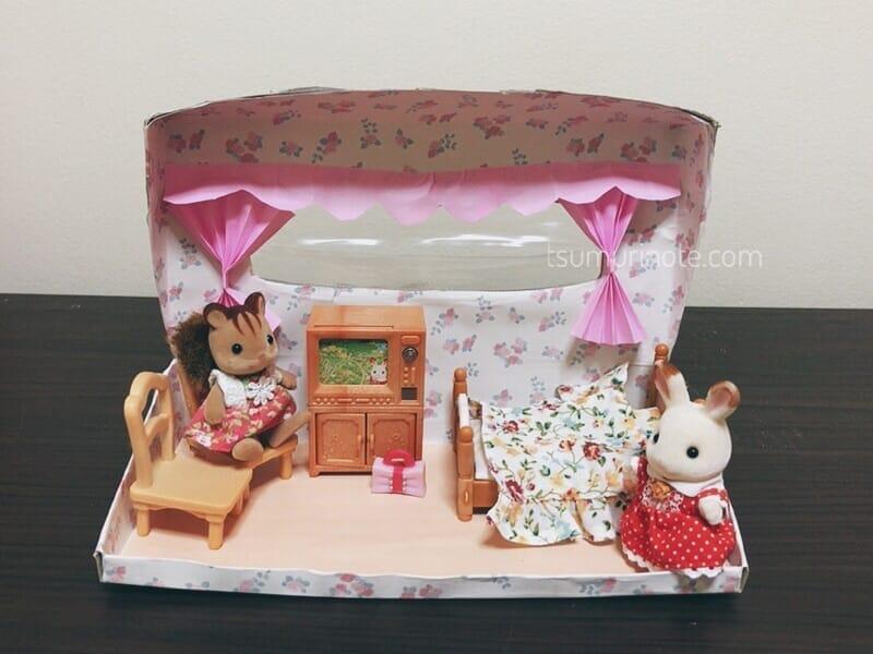 シルバニアファミリー ティッシュの箱で作った「別荘」